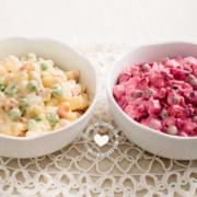 2 boles de ensalada rusa