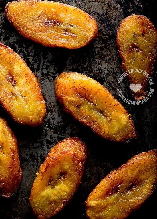 Receta Fritos Maduros: Ningún otro plato combina facilidad de preparar, popularidad y sabor exótico como este. Los fritos maduros añadirán un saborcito dulce a tus comidas y puede prepararlo hasta el más inexperto cocinero.