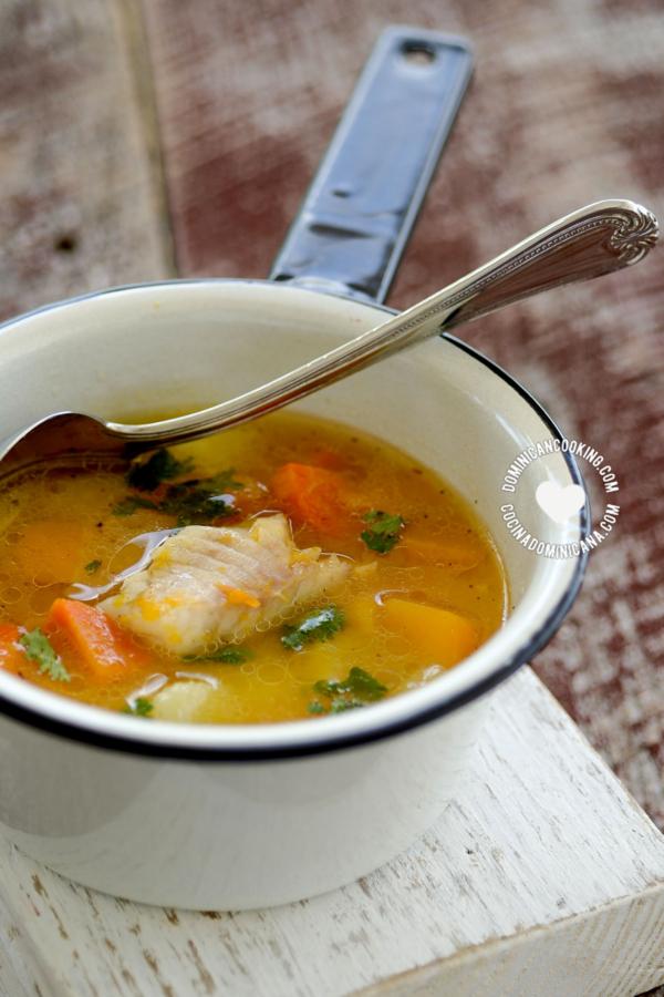 Ollita con Sopa de Pescado
