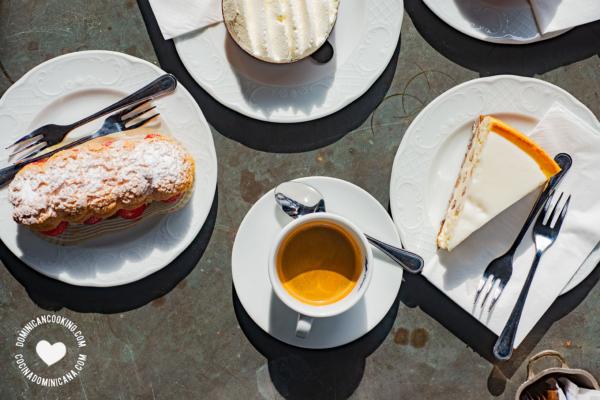 cafe espresso y postres