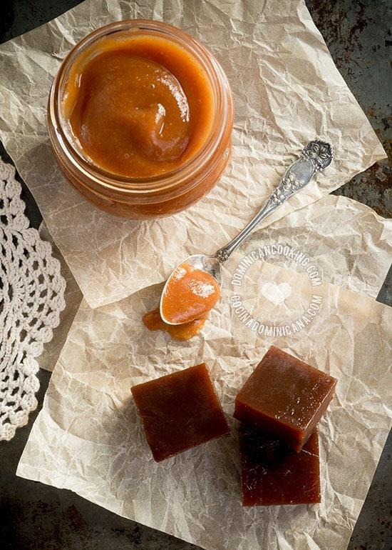 Receta Dulce de Guayaba: Hazlo en cubitos (en pasta) como postre, o suave como mermelada o relleno para el bizcocho dominicano. Es más fácil de lo que crees