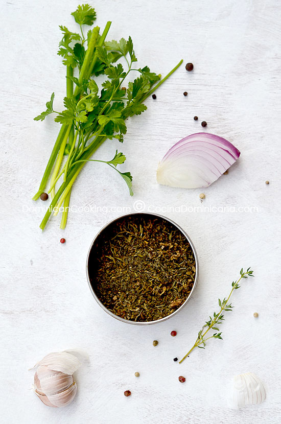 Homemade Seasoning Powder: What to do with herbs that are going bad? This seasoning powder (dominican sazon) solves that and helps shorten preparation time.