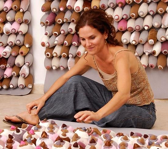 Mi Comida Dominicana: Raquel Paiewonsky - Artista Plástica: Esta serie empieza con la artista plástica, ganadora de múltiples premios, Raquel Paiewonsky, quien es también chef. Le hemos preguntado sobre sus comidas dominicanas favoritas.