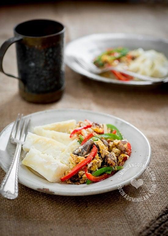 Receta Arenque con Huevo: uno de esos alimentos exóticos que hoy son parte en nuestra cocina. Este plato disfruta de una reputación como afrodisíaco.