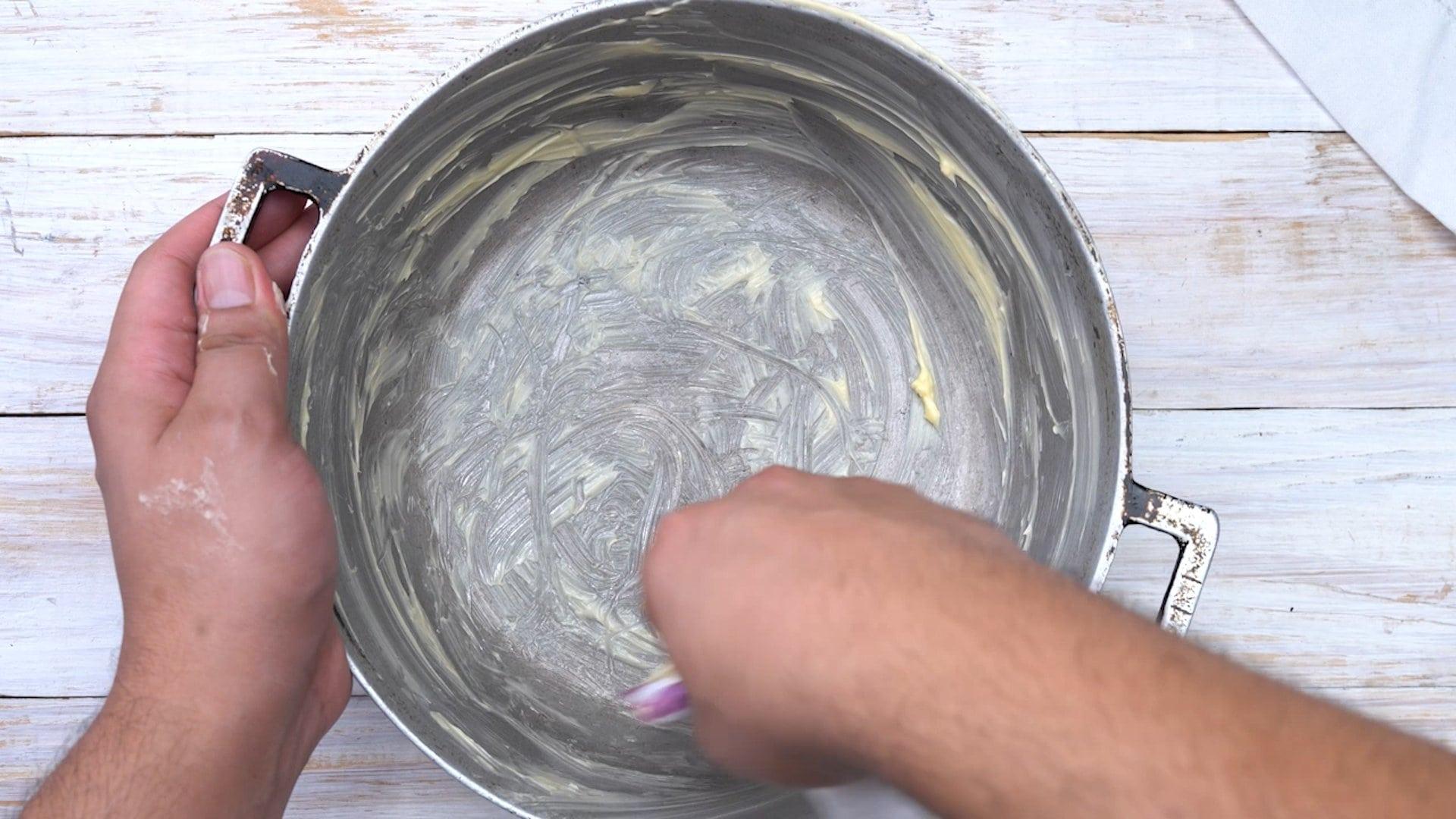 Engrasando molde