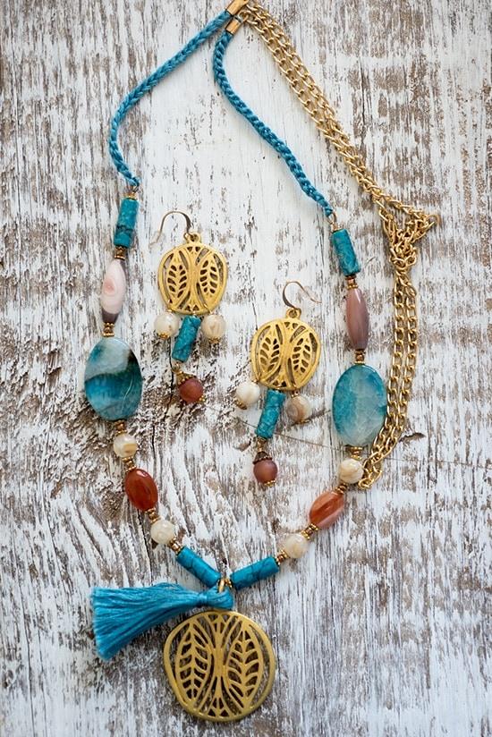 Jewelry set by Iliana Prado