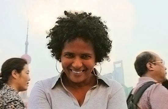 Iris Pérez - Artista Visual: Nuestra serie Mi Comida Dominicana en la que gente del mundo de las artes y cultura comparte su impresión de la cocina dominicana