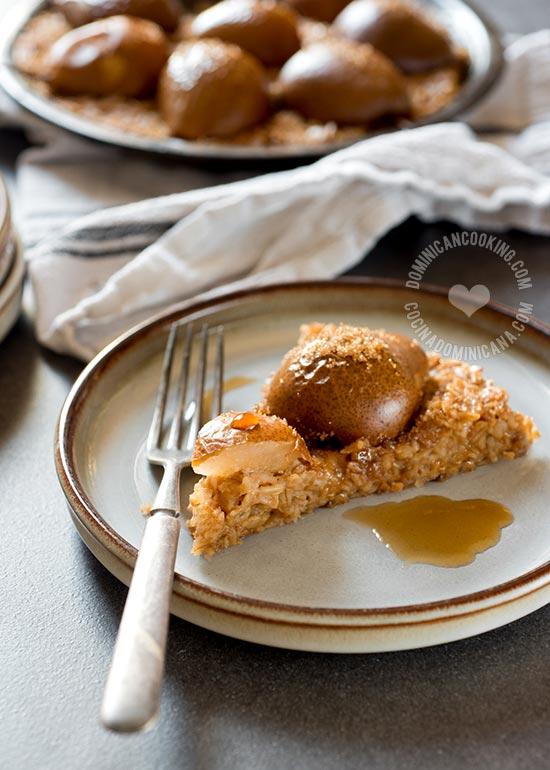 Esta Avena y Peras al Horno, son bajas en azúcar y grasa, y pueden ser servidas en el desayuno, cena o como postre.