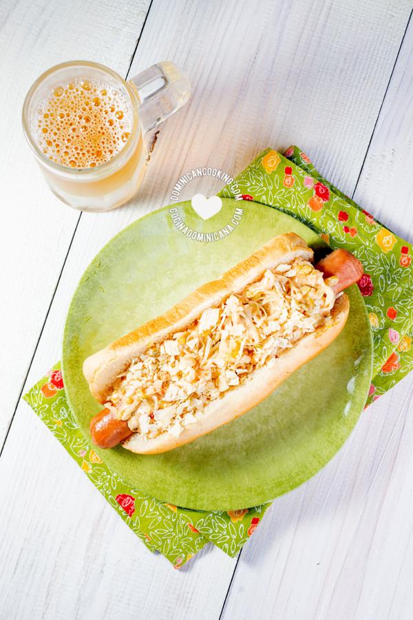 hot dog dominicano papitas y repollo