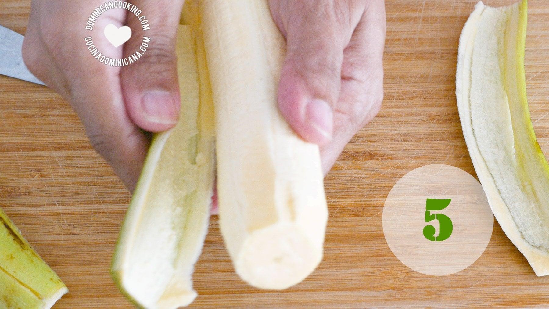 Cómo pelar plátanos machos