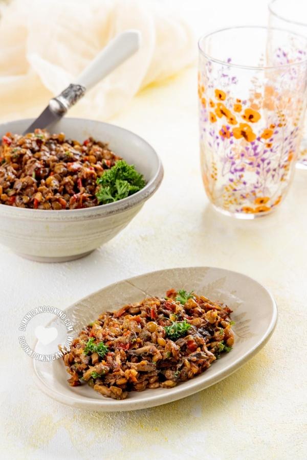 Platos con Relleno Vegano para Empanadas y Pastelones